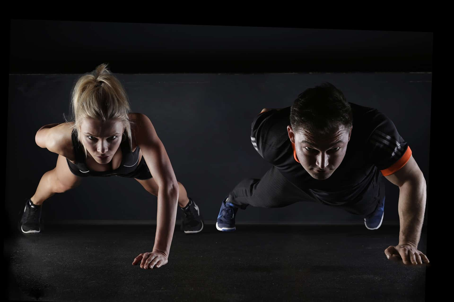 A couple performing cardio training