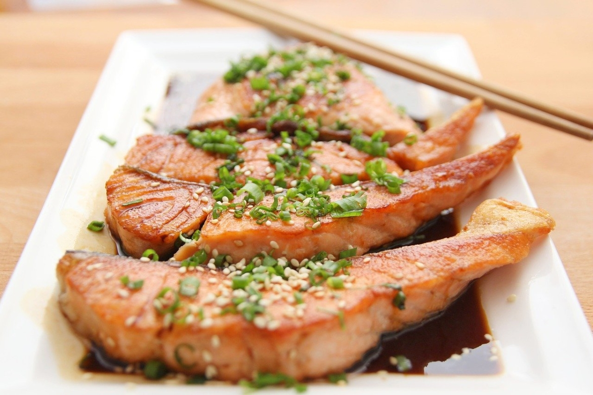 Picture of pork chops in soy sauce representing certain macros you should eat while intermittent fasting