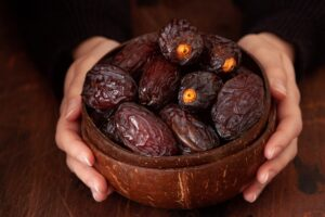 a bolf of dates bought online for a nutrition regimen